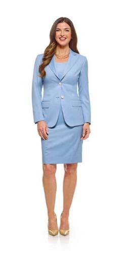 444 Mantelpak gemaakt met jurk en bijpassen vrouwelijk en zakelijk colbert. Gemaakt van Holland and Sherry licht blauwe stof
