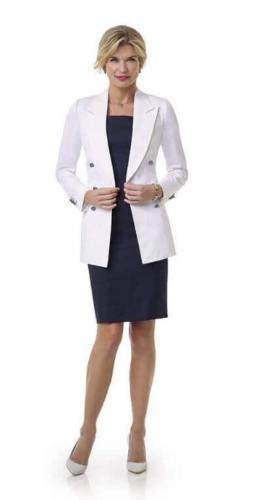 77 Zakelijk en stijlvolle jurk op maat gemaakt met wit zakelijk en stijlvol vrouwlijk colbert met double breasted sluiting en opgesneden revers