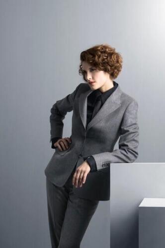 Broekpak-zakelijk-vrouw grijs