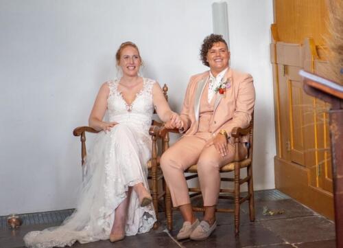 Dames trouwkostuum gemaakt voor Sam in zalm roze