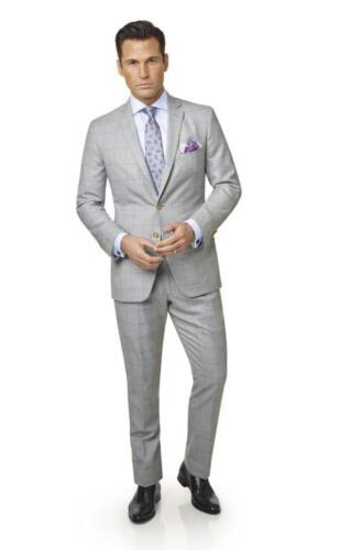 Zakelijk licht grijs pak op maat