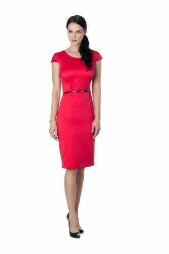 Rood zakelijk, feestelijk en stijlvol jurkje. Op maat gemaakt met de perfecte pasvorm en uitstraling