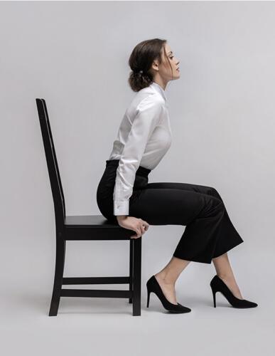 Smoking pantalon vrouw zwart met witte blouse