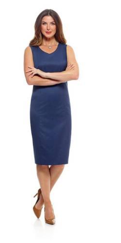 Sprekend blauwe jurk op maat gemaakt met een zakelijk vrouwelijk feestelijke uistraling en een perfecte pasvorm