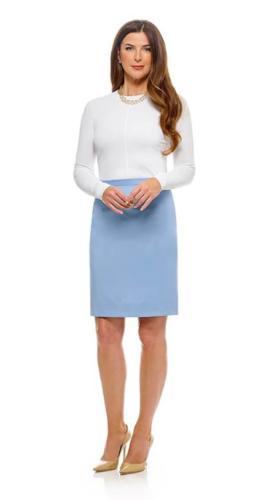Vrouwelijk baby blauw rokje op maat gemaakt met de perfecte pasvorm