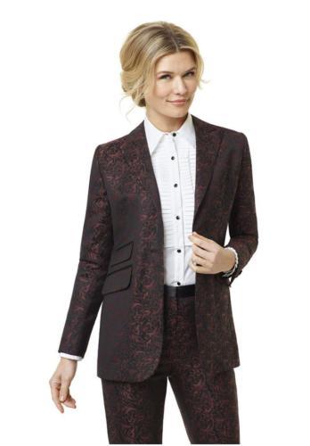 Vrouwelijk smoking op maat gemaakt met bijpassende dames smoking blouse