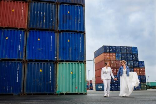 Wit dames trouwpak gemaakt voor bruid Marijke