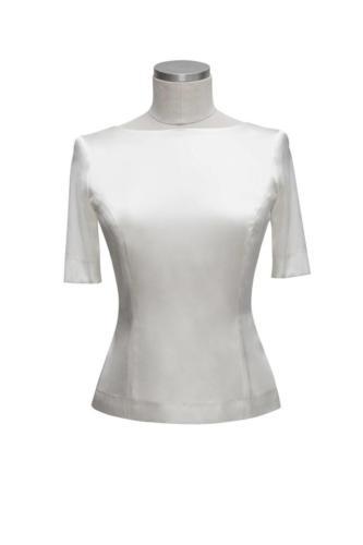 Witte zijden dames top op maat gemaakt met mooie taille maatkleding dames