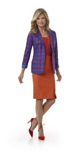 Zakelijk rokje met split op voorand gecombineerd met paar,oranje ruiten zakelijk vrouwelijk colbert