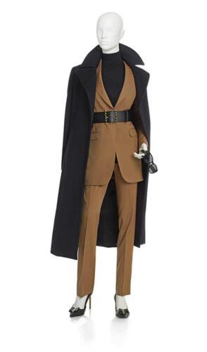 uitvaart kleding voor vrouwelijke uitvaart begeleiders